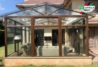 Uno stupendo winter garden in Kenya: il serramento è realizzato integralmente con il profilo Seven
